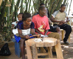 2008_abompe_bead_making_small_3